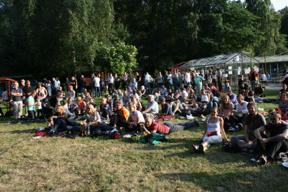Bild: En del av den ganska månghövdade publiken.