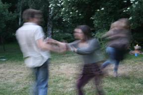 Bild: Dansens virvlar frammåt kvällen.