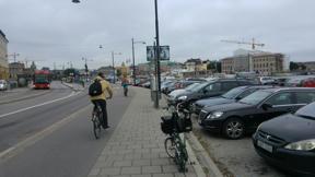 Bild: 9 september: Fin utsikt, men är några parkerade bilar     rimligt utnyttjande av stans bästa mark?