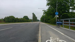 Bild: Fredag 24 juni var jag ledig, men det blev en     cykelbild ändå.