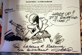 Bild: Ma Dalton.     Signeringsteckning av Achdé i Farbröderna Dalton.