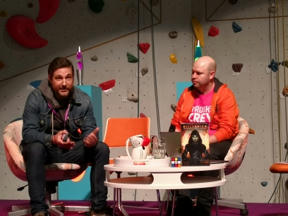 Bild: Andreas Eriksson intervjuar Sylvain Runberg