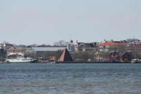 Bild: Mariehamn from across the east bay.